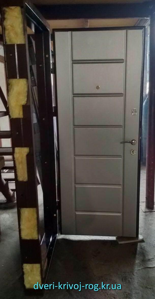 Тёплая входная дверь Премиум