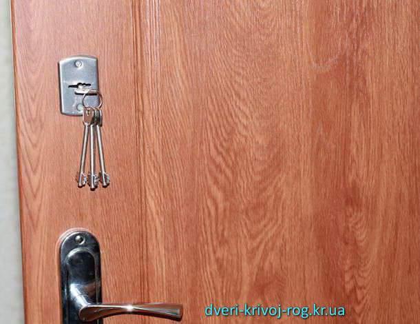 Купить входную дверь Медиум в Кривом Рогу