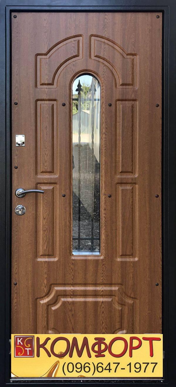входные двери с элементами ковки